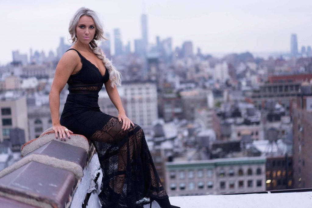 Taryn Shea FIT AND CHIC